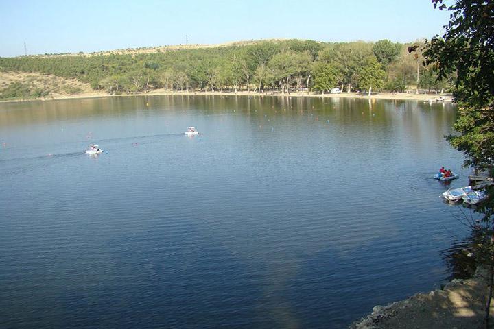 دریاچه لیسی (Lisi Lake) | جاهای دیدنی تفلیس
