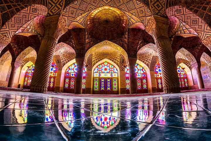 مسجد نصیرالملک | از مکانهای دیدنی شیراز