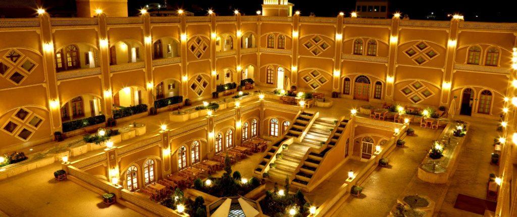 انتخاب بهترین هتلهای یزد