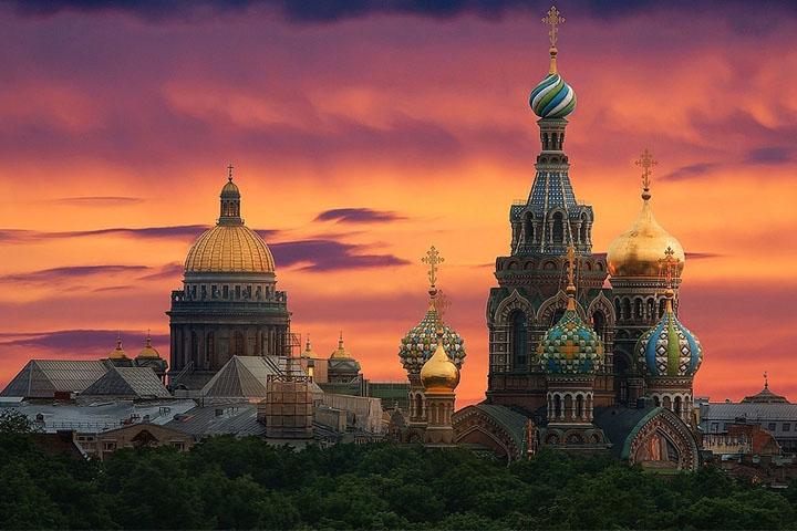 سفر به جام جهانی روسیه - شبهای روشن