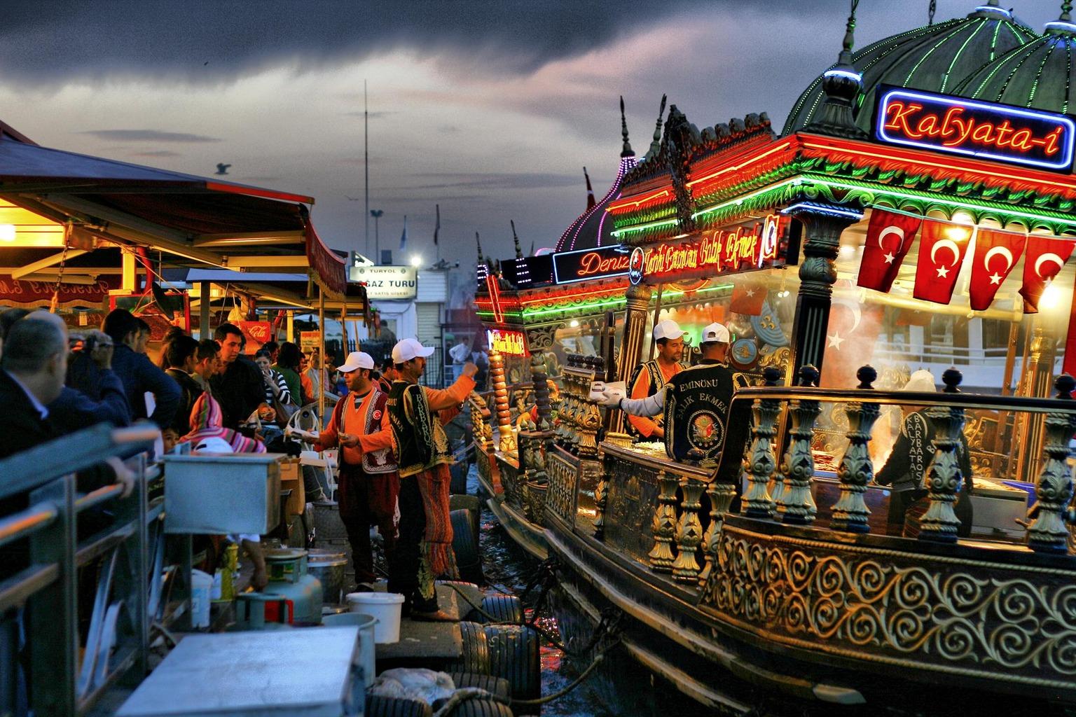 قیمت غذاهای خیابانی استانبول چقدر است؟