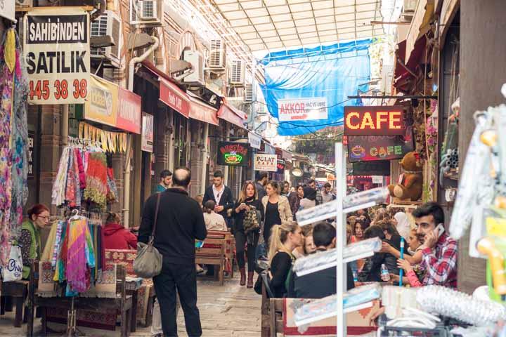 ارزانترین مراکز خرید ازمیر ، از بازارهای محلی تا اوتلتها - خرید در ازمیر از بازارهای محلی