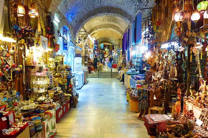 Kemeralti بازار تاریخی شهر و جاهای دیدنی شهر ازمیر