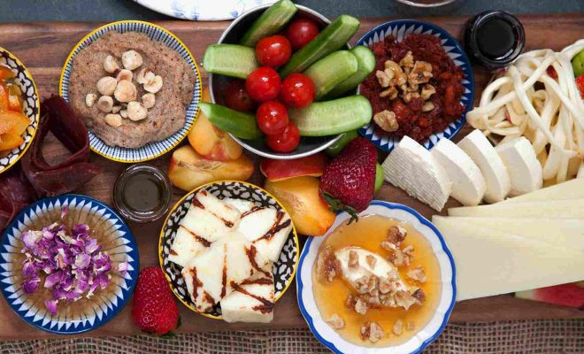 سفر به وان و تجربهی رنگارنگ غذا خوردن در طبیعت بکر a1
