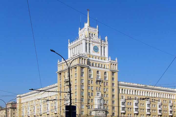 بهترین رستوران های مسکو و هتلهای گران و افسانهای آن ۱۲