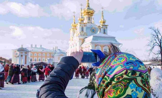 لباس مناسب سفر به روسیه را در فصل تابستان چگونه انتخاب کنیم؟1