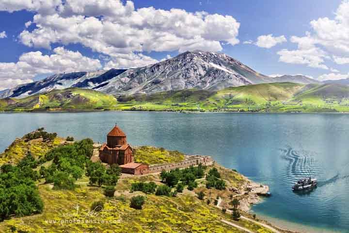 راهنمای سفر به شهر وان - سفر به شهر وان - تور وان ترکیه - حمل و نقل در شهر وان - بهترین زمان سفر به وان