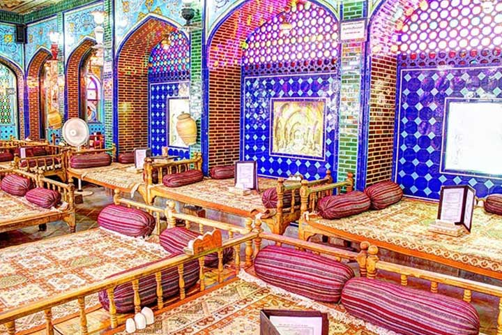 رستوران و سفره خانه سنتی نقش جهان | بریانی اصفهان