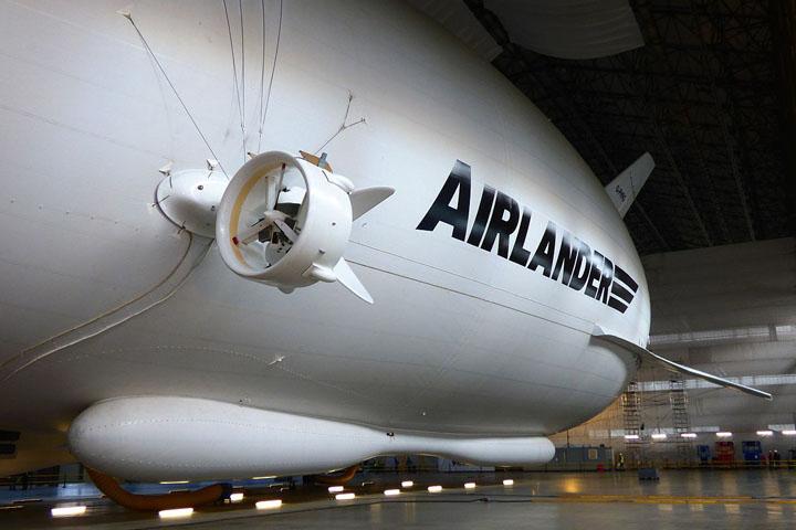 لوکس ترین کشتی هوایی به جهان معرفی شد؛ airlander 10