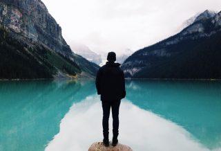 سفر تنهایی