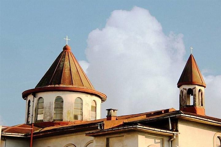 کلیسای مسروپ مقدس | جاهای دیدنی رشت