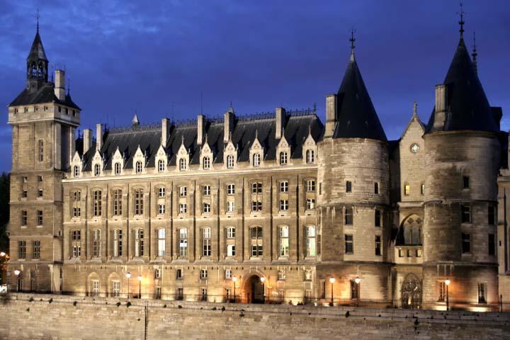 La Conciergerie زندان مخوف دوران انقلاب، شکنجهگاه روبسپیر