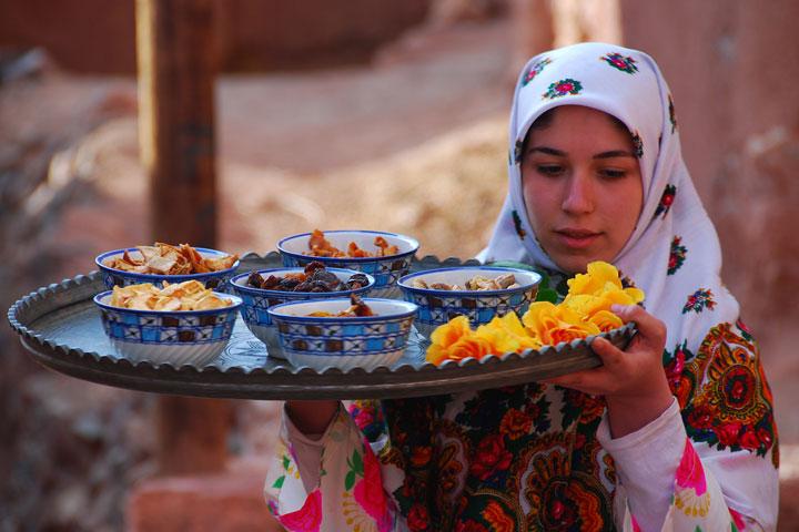 غذاهای محلی در روستای ابیانه