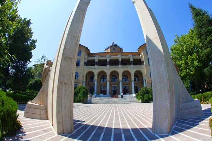 دانشگاه های ترکیه معرفی ۱۰ دانشگاه برتر ۹
