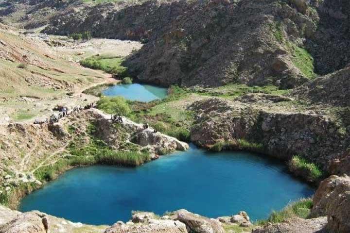 دریاچه دوقلوی سیاه گاو از جاذبههای تکرارنشدنی