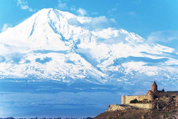 سفر به ارمنستان و لذت در سرزمین انارها ۷