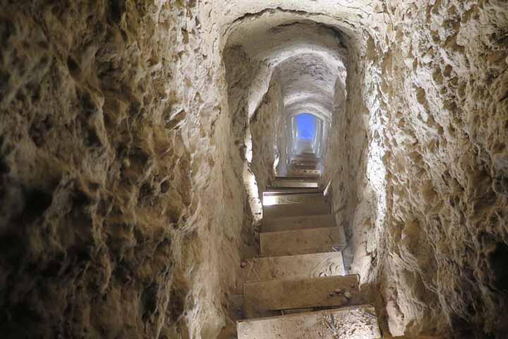 جاهای دیدنی کاشان - شهر زیرزمینی نوش آباد