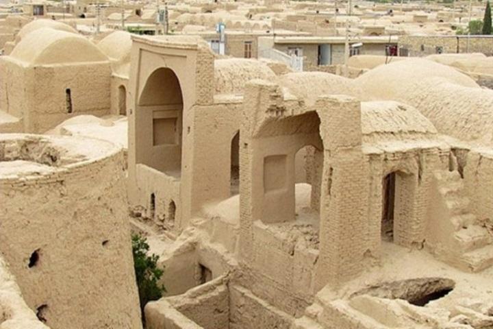 قلعه اسماعیلیان آثار تاریخی طبس