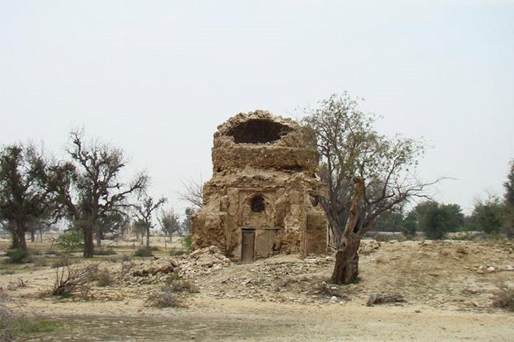 مقبره بیبی مریم (تم سنیتی) | جاهای دیدنی قشم