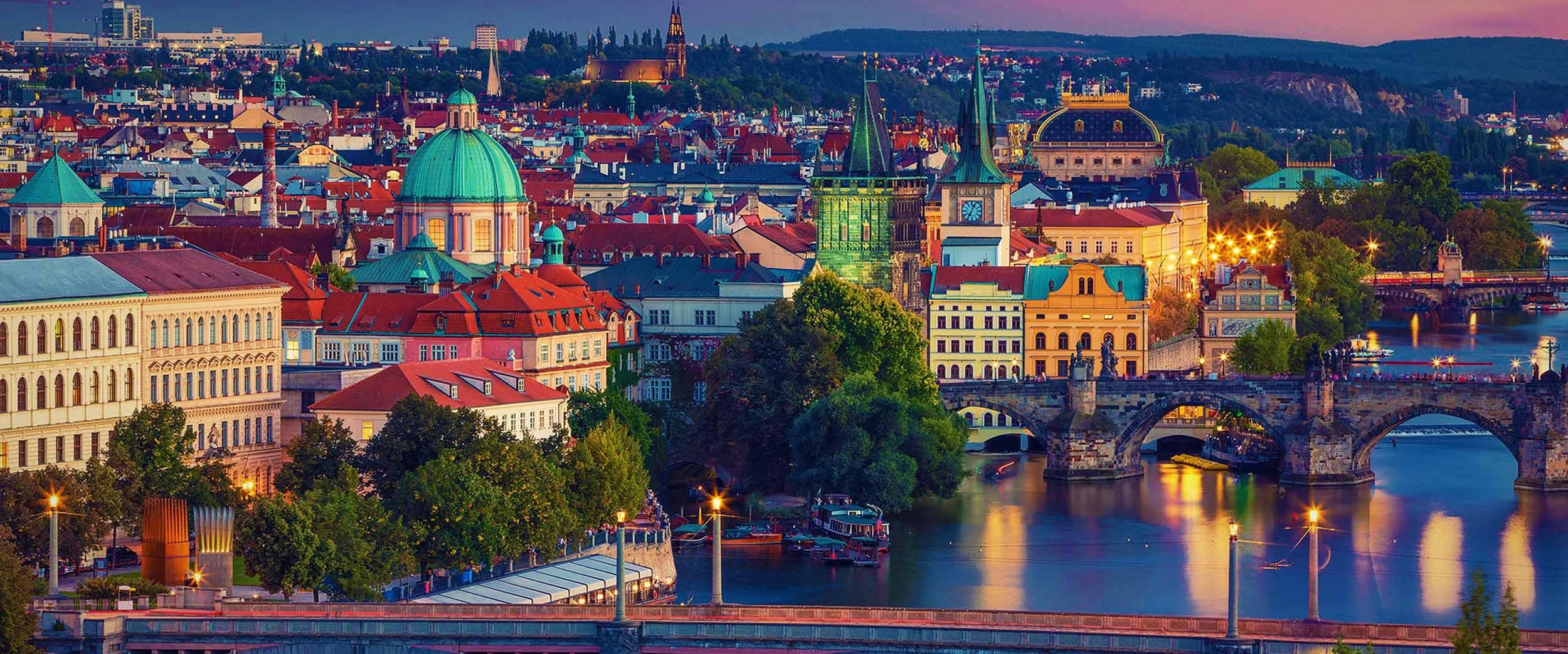چطور در سفر به پراگ مثل کافکا در این شهر گردش کنیم؟