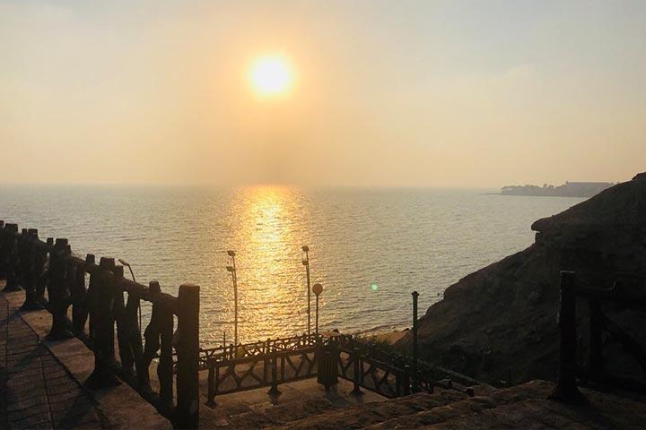 ساحل ریشهر با قدمت هزارهی سوم تا هزارهی اول پیش از میلاد