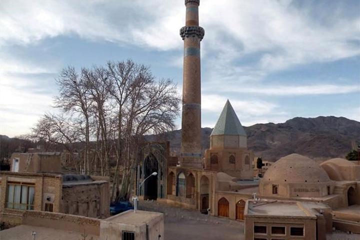 مکان های دیدنی اصفهان ، آرامگاه شیخ عبدالصمد نطنزی