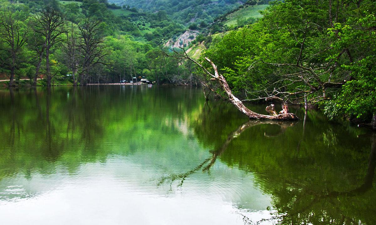 دریاچه شورمست مقصد یک روزه جذاب