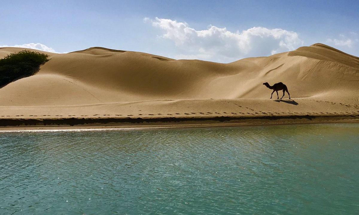 روستای درک زرآباد ؛ پیوند صحرا و دریا