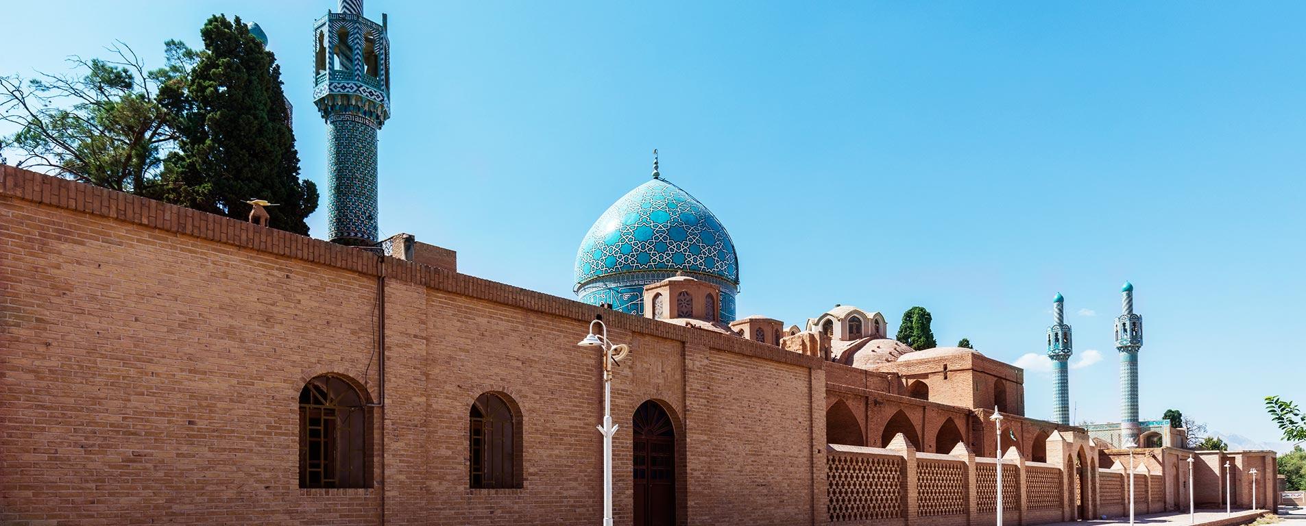 آرامگاه شاه نعمت الله ولی ، یک جای تاریخی در دل شهر ماهان