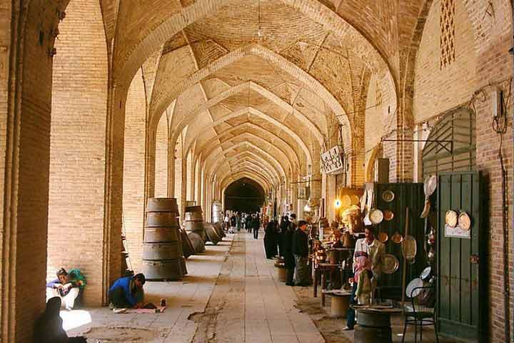 بازار سرتاسری | جاهای دیدنی کرمان