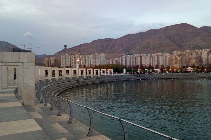 دریاچه خلیج فارس | مکان های تفریحی تهران