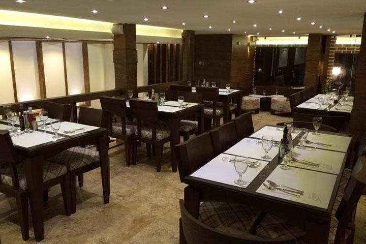 رستوران ایتالیایی زاوا | از رستوران های اصفهان
