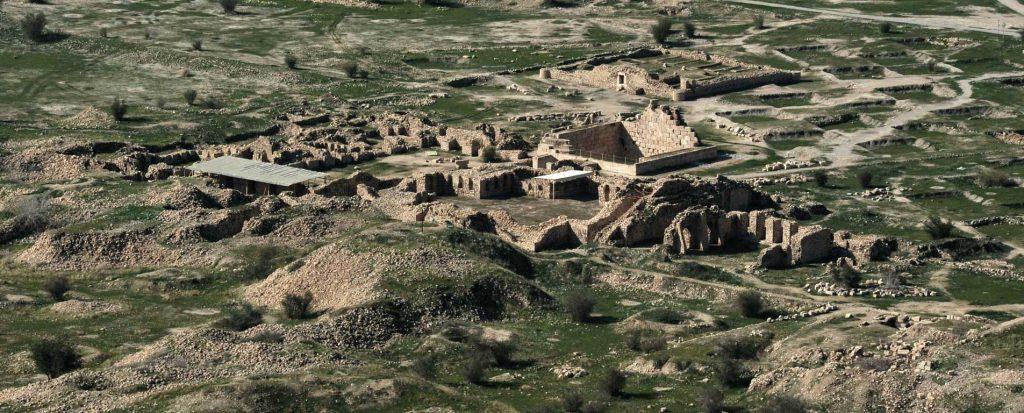 شهر بیشاپور ، شهر کهن
