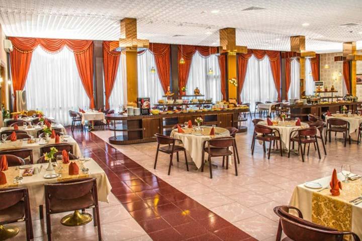 اولین رستوران گردان هتل های تهران