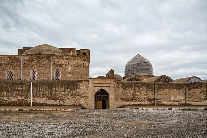 ورودی مسجد جامع