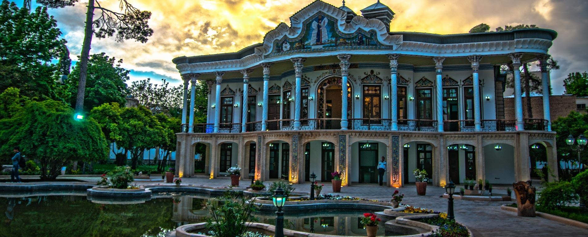 عمارت شاپوری شیراز ؛ قدم زدن درون داستانها