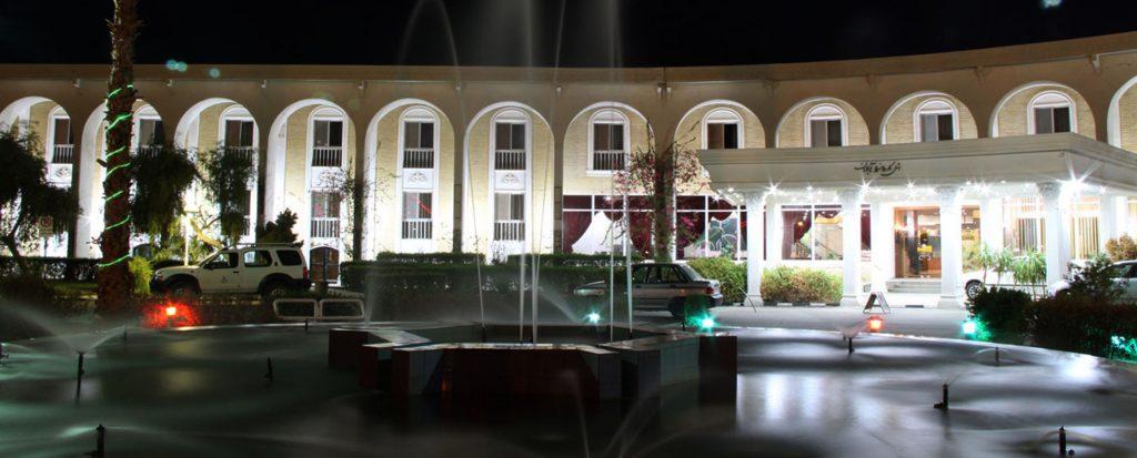 هتل های آبادان ، اقامت در شهر نخلستانها