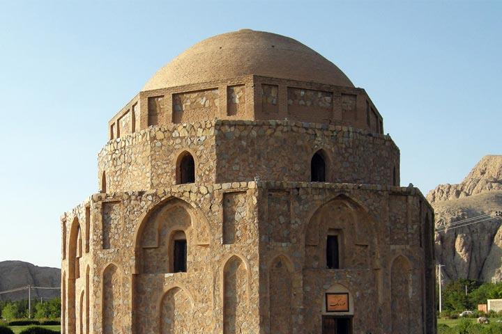 گنبد جبلیه | از جاهای دیدنی کرمان
