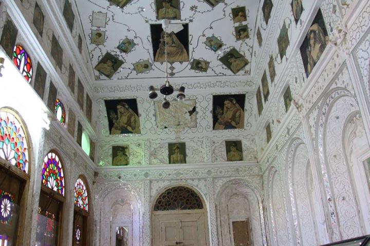 معماری تاریخی خانه لاری ها