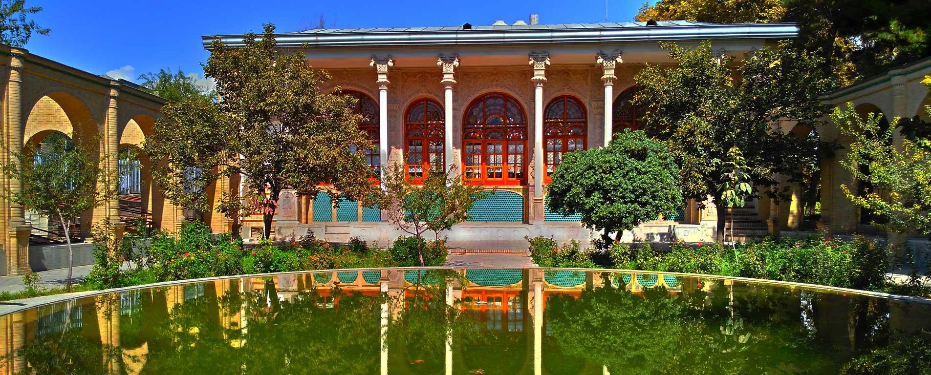 عمارت مسعودیه ؛ مرور تاریخ تهران قدیم در دل یک عمارت