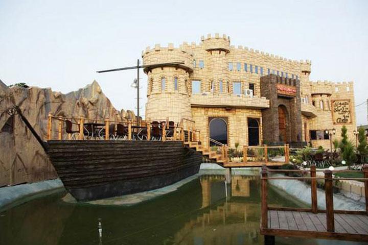 رستوران قلعه
