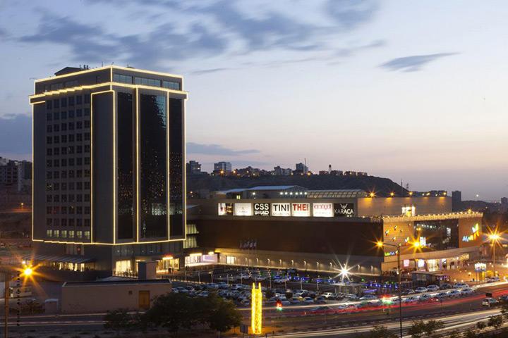 هتل لاله پارک، یکی از بهترین هتل های تبریز