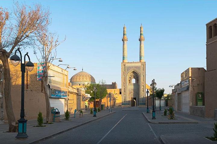 مسجد جامع یزد واقع در خیابان امام خمینی
