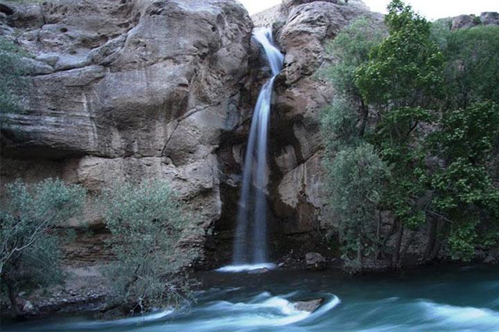 آبشار نوجان | جاده چالوس