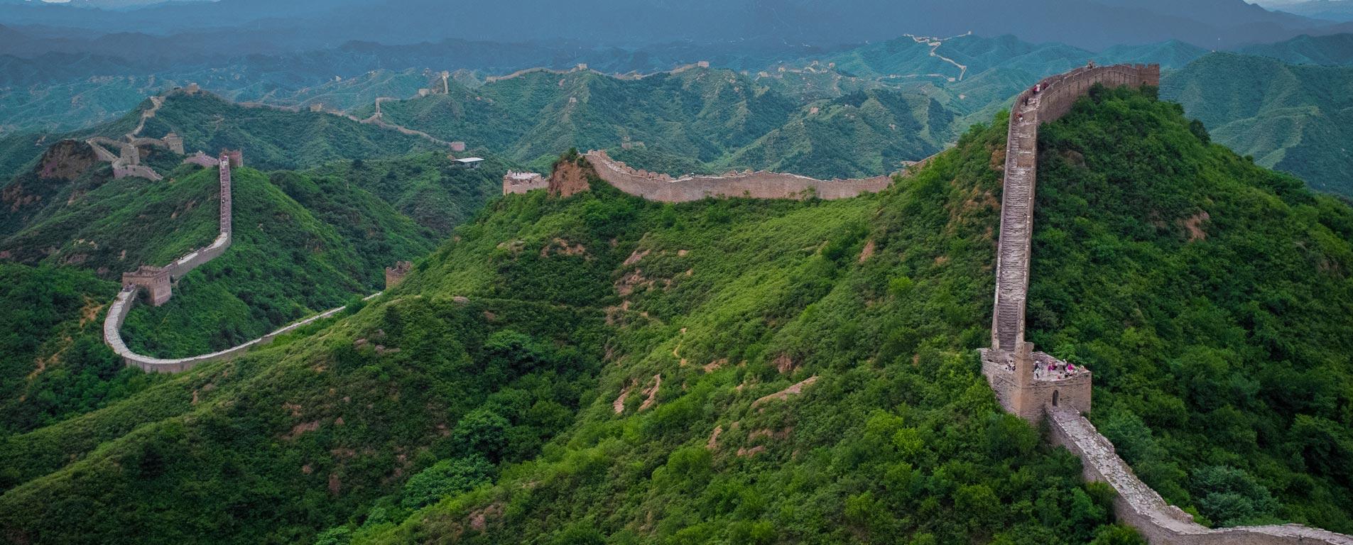 دیوار بزرگ چین ، اژدهای خفته در کوه و دشتهای چین