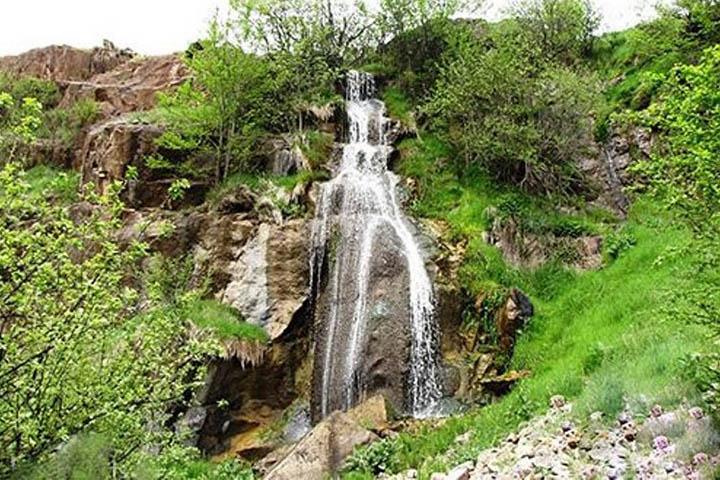 روستا و آبشار هریجان