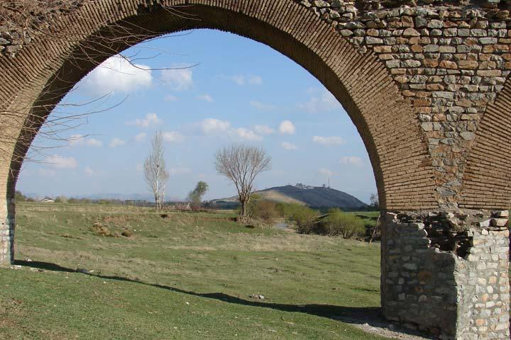 پل قلعه حاتم | از جاهای دیدنی بروجرد