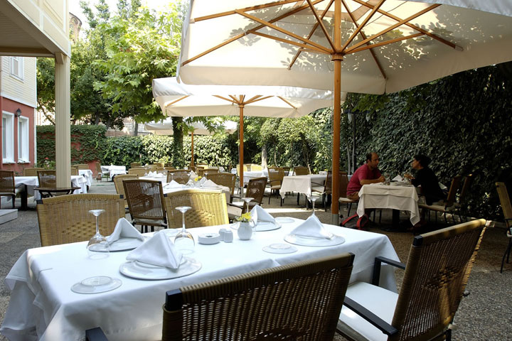 رستوران های استانبول | رستوران Asitane