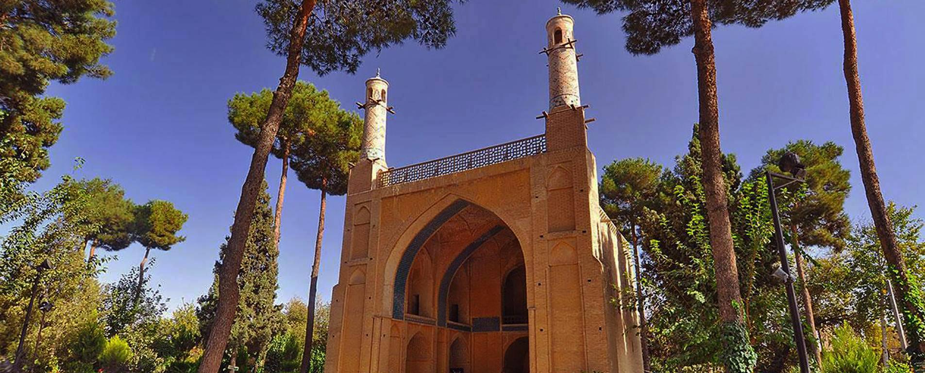 منارجنبان اصفهان ، نمادی از قدرت و نبوغ در معماری ایرانی