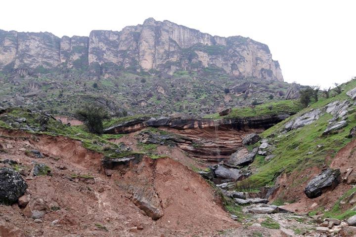 چشمه ها و طبیعت اطراف دریاچه شهیون